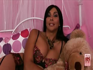 Vaniity Shemale Pornstar Interview