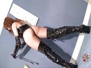 japanese shemale dominatrix