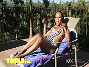 Amanda Coxxs - Playing in the Sun