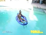 Miran Under Water