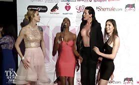 TEA RedCarpet Casey Kisses & Korra Del Rio 2018